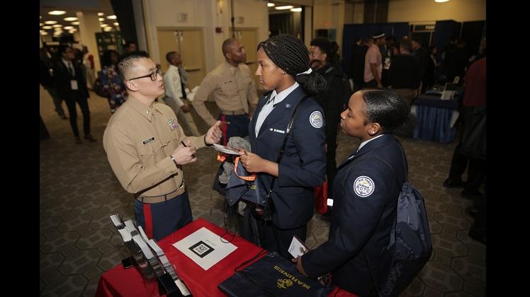 Cyber Marines speak to students at BEYA STEM